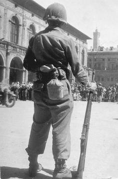 Bologna 25 aprile 1943 dopo la liberrazione   #TuscanyAgriturismoGiratola