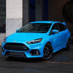 All new Ford Focus RS, Maybe the best looking hot hatch Photo credit: Ford 2000, Ford Rs, Car Ford, Los Cars, 308 Gti, Ford Focus Hatchback, New Ford Focus, Ford Motorsport, Audi