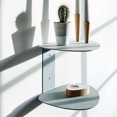 The Curve wall shelf features two organic shaped tiers, with surfaces covered in soft, recycled leather. The modern design, from Danish brand Lind DNA, provides a stylish display area for precious objects, and is a wonderful addition to any room of the house. Danish Design, Modern Design, Dna Design, Leather Wall, Curved Walls, Shops, Recycled Leather, Steel Structure, Natural Leather