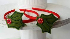 Gorgeous Holly Headband, suitable for a child. Although adults wear them too ;-)