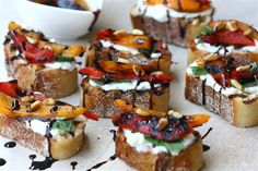 Roasted Red Pepper Burrata Crostini - excellent appetizer! Serve with #champagne