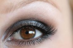 Eye Makeup Tutorial using Naked Palette by Urban Decay ~ eyeshadows featured: