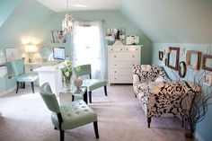 wow! fabulous home office ... loving the aqua and white palette {via the house of turquoise}