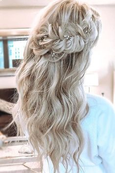 30 Wedding Hairstyles Ideas For Brides With Thin Hair ❤ wedding hairstyles for thin hair long blonde half up half down with braided crown blohaute Half Up Wedding Hair, Romantic Wedding Hair, Long Hair Wedding Styles, Wedding Hairstyles For Long Hair, Box Braids Hairstyles, Bride Hairstyles, Down Hairstyles, Wedding Bride, Hay Wedding