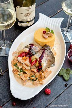 RETETE CU PASTRAV | Diva in bucatarie Salmon Recipes, Fish Recipes, Risotto, Food And Drink, Ethnic Recipes