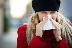 """PURIFICACION DE AIRE AIRLIFE TE DICE ALGUNAS CONSIDERACIONES CON RESPECTO AL ASMA Y RESFRIADOS En Otoño y en Invierno  son también frecuentes los resfriados por los cambios de temperatura. Una patología que, , puede confundirse con alergia, se diferencian de los resfriados por la fiebre. """"La velocidad en la que aparecen también nos puede ayudar a saber cuál es su causa: por lo general, cuanto más rápido aparezcan, más probable es que sean debidos a una alergia."""
