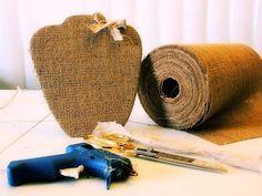 Eco-Creative: How to make a jute necklace display