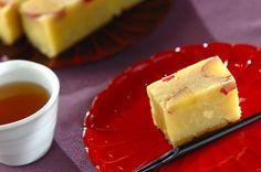 サツマイモは炊飯器で加熱することで甘さを引き出します。手作りの和菓子は敬老の日のプレゼントにも喜ばれそうです。芋ようかん/近藤 瞳のレシピ。[スイーツ/和菓子]2014.09.01公開のレシピです。