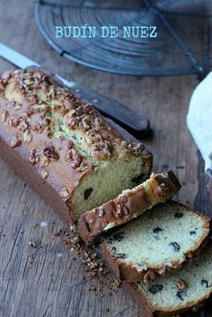 Budín de Nuez Mexican Sweet Breads, Pan Dulce, Almond Cakes, Pound Cake, Cakes And More, Yummy Cakes, Baked Goods, Bread Recipes, Banana Bread