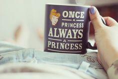caneca-princess-chá-com-cupcakes