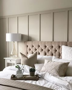 Sunday morning DIY in our household. We've decided to give our lounge alcoves a makeover and get rid of the dark blue which has been… Home Decor Bedroom, Bedroom Wall, Living Room Decor, Master Bedroom, Bedroom Inspo, Dream Bedroom, Beautiful Bedrooms, Decoration, Sunday Morning