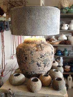 Brynxz earth lamp met cowskin kap