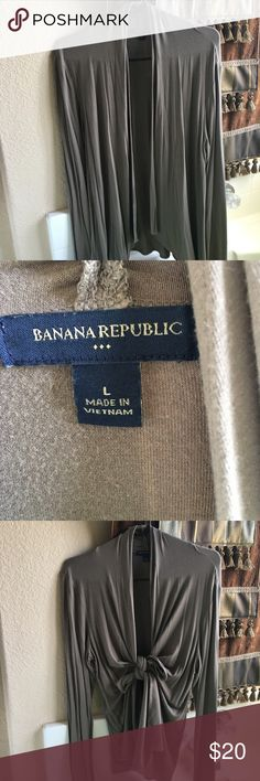 Long light sweater-in great condition! Long cardigan, can be worn open, or tied up in the front-this piece can be dressed up or down depending on mood😊 Banana Republic Sweaters Cardigans