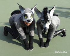 The hyena costumes above, are actually really simple (grey hoodies, black arm warmers and trousers) but thanks to their incredibly committed pose you can see the details in the masks and the claws. Hyena Lion King, Lion King Play, Lion King Show, Lion King Jr, Disney Halloween Costumes, Cool Costumes, Black Gloves, Black Boots, Lion King Costume