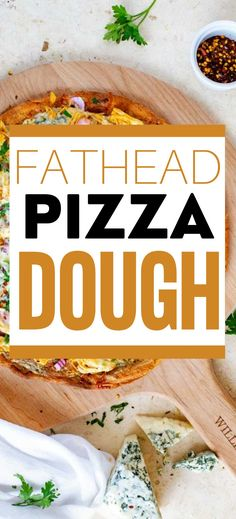 I really want to try new low carb pizza recipes and this Fathead Pizza Dough looks so good! I can't wait to make this easy pizza dough for my family. It looks like the perfect keto solution to pizza night. Pizza Recipes, Easy Dinner Recipes, Low Carb Recipes, Real Food Recipes, Easy Meals, Low Carb Pizza, Low Carb Keto, Easy Pizza Dough, Recipes For Beginners