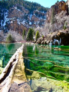 Hanging Lake Trail ,Colorado - the most beautiful place Ive ever been bar none. This lake is perched two thirds of the way up a canyon. A strenuous hike worth every second. David and I loved this hike! Stars, Sun, Places, Nature, Mountains, Travel, Golf Courses, Scenery, Lugares