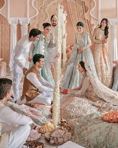 Wedding Outfits For Groom, Asian Wedding Dress, Muslim Wedding Dresses, Pakistani Wedding Outfits, Muslim Brides, Indian Wedding Poses, Pakistani Wedding Dresses, Wedding Photoshoot, Marriage