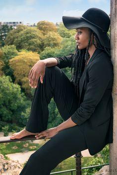 Modèle : Amandine Marie-Lucie Raffin Jean-louis #model #girl #skin #hat #black #parc #Paris #nikonfr