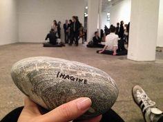yoko-ono-stone-piece-galerie-lelong-2015.jpg (640×480)