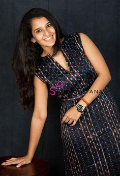 Black Net Saree, Trendy Dresses, Fashion Dresses, Chudidhar Designs, Kalamkari Dresses, New Designer Dresses, Indian Gowns Dresses, Kurta Designs Women, Kurti Designs Party Wear