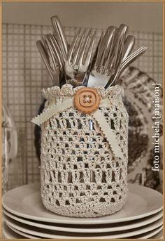 Diy decor Diy decor – s – weberei Crochet Video, Crochet Diy, Crochet Motifs, Crochet Home, Love Crochet, Crochet Gifts, Crochet Doilies, Crochet Patterns, Crochet Jar Covers