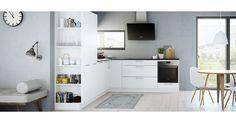 Luo harmoninen vaikutelma keittiön ja olohuoneen välille. Valitse Milk-keittiömme, joka on pehmennetty korkeilla avohyllyköillä. Lue lisää osoitteessa kvik.fi