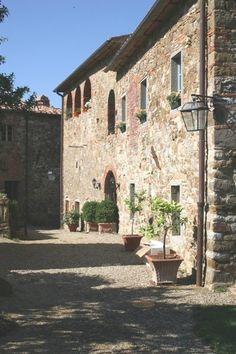 arezzo, tuscany, Italy Apartment For Sale - luxury eight bedrooms villa in the heart - IREL is the World Wide Leader in Italy Real Estate