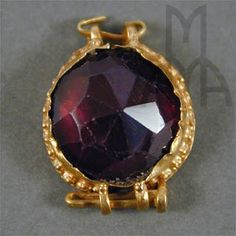Faceted garnet gemstone in granulated setting;Roman Museum of Ancient and Modern Arts Medieval Jewelry, Ancient Jewelry, Antique Jewelry, Vintage Jewelry, Garnet Jewelry, Garnet Gemstone, Gemstone Jewelry, Polar Night, Roman Jewelry