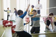 """Progressive education, first championed by philosopher John Dewey, involves """"experiential learning"""" and interaction between the teacher and students. Cooperative Learning, Student Learning, Learning Activities, Kids Learning, Alternative Education, Experiential Learning, Social Media Content, John Dewey, Classroom"""