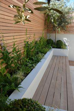 Patio Garden Ideas Uk, Back Garden Design, Modern Garden Design, Backyard Patio Designs, New Build Garden Ideas, Small Back Garden Ideas, Garden Beds, Small Courtyard Gardens, Small Backyard Gardens