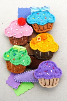 felt cupcake hairpins - forcine dolcetto | realizzate intera… | Flickr
