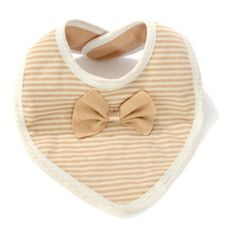 Unisex baby bibs made of organic cotton in its natural color. Double layered to prevent drippings on the clothes, super soft and cute! Unisex Baby, Baby Girl Newborn, Baby Bibs, Burp Cloths, Dapper, Organic Cotton, Infant, Baby Shoes, Kids