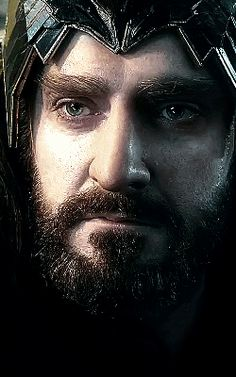 "It still irks me greatly to see RA nominated as ""supporting actor"" for Thorin. *grumbles forever*"