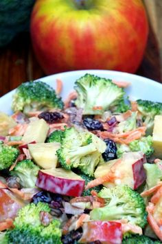 Are you looking for meatless Monday recipes? Here are healthy meatless meals for dinner, crockpot, they're easy ideas, and some great vegan ideas as well! 10 Meatless Monday Recipes You Should Try - Making Sense Of Cents Apple Salad Recipes, Chicken Salad Recipes, Avocado Recipes, Healthy Salad Recipes, Vegetarian Recipes, Cooking Recipes, Budget Recipes, Apple Walnut Salad, Summer Salads