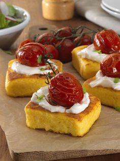 Roasted vine tomatoes on polenta squares with goat's cheese: what a simple stunner of a snack! #Knorr