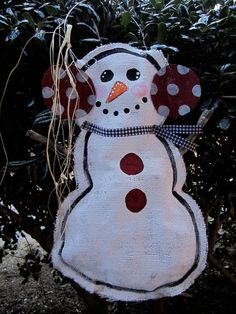 Hey, I found this really awesome Etsy listing at http://www.etsy.com/listing/86296429/full-body-snowman-burlap-door-hanger