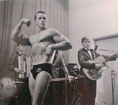 Arnold Schwarzenegger's first bodybuilding contest age 16.