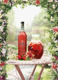 Bloom London Dry Gin Strawberry Cup
