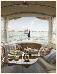I now have a sudden desire to travel by boat! Suzanne-Heinstein-Interior-Designer-5