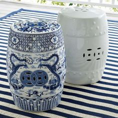 Chinese antique blue and white ceramic porcelain garden table and