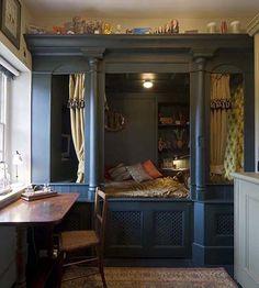 traditional Dutch cupboard bed - Google zoeken