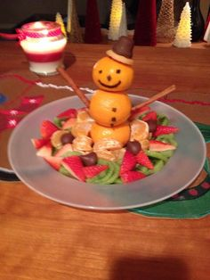 Loved this! Such a fun & festive way to make a simple kids fruit tray extra special for Christmas Eve with friends.