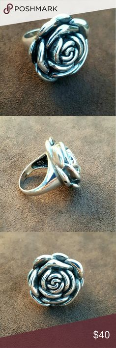 Starling Silver Rose Flower Ring Starling Silver ring,  size 7, vintage look Jewelry Rings
