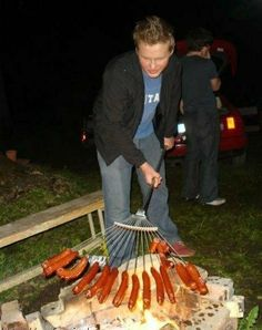 I said: Makes me think of Jarred! LOL Other Pinner said:Great camping idea. buy a new rake. probably THE BEST way to cook hot dogs for this crowd of kids! OR you could do this with marshmallows! Camping Meals, Go Camping, Camping Hacks, Camping Stuff, Camping Humor, Truck Camping, Camping Checklist, Camping Essentials, Camping Grill