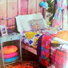 Nothing matches, and yet it looks so colorful and inviting. Solid dorm style.