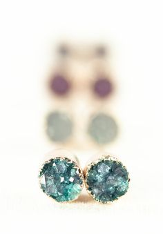 Wehilani - (WeH hee LA nee) - adornment from heaven. small gold druzy stud earrings.