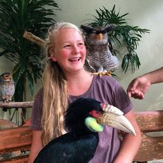 @tashfrost__ gets to pose with a couple of great looking birds. Malaysian Owl and a hornbill. #KLbirdpark #malaysia #kualalumpur #travel #travelphotography #upsticksngo | Flickr - Photo Sharing!