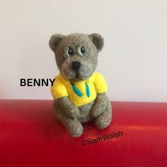 Benny the needle felted bear. Felted little bear. Cute bear.   Etsy Needle Felted Animals, Felt Animals, Needle Felting, Baby Toothbrush, Bear Felt, Unusual Animals, Cute Bears, Unusual Gifts, Soft Sculpture