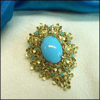 Robins Egg Glass Victorian Pin Tiny Gold Flowers 1950s Jewelry