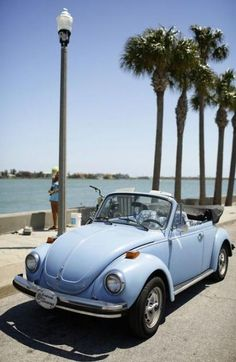 21 Classic Car Slug Bugs are cool - vintagetopia - - 21 Classic Car Slug Bugs are cool – vintagetopia Volkswagen EVERYTHING 21 Classic Car Slug Bugs are cool – vintagetopia Dream Cars, My Dream Car, Dream Life, Vw Cabrio, Bmw Autos, Vw Vintage, Vintage Sport, Classic Mercedes, Ford Thunderbird